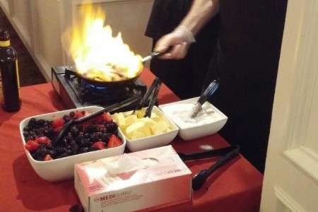 50s-theme-dinner-with-flaming-berries-and-chris-e1437691392556