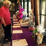 Darline is trying to decide which baskets to bid on!