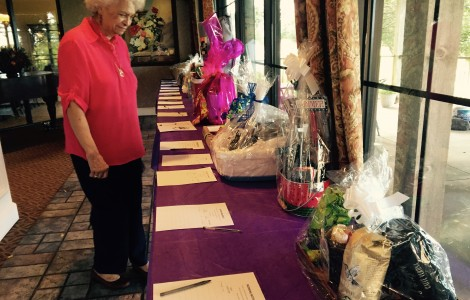 Alzheimer's Auction and Lunch Fundraiser